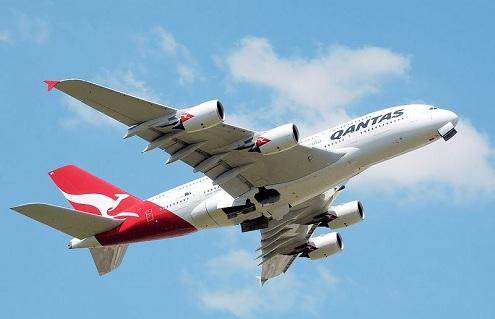 Compañías aéreas suspenden vuelos de sus Airbus A-380 tras incidente en Singapur