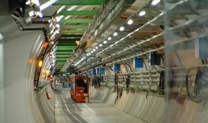 Interior del túnel del LHC.
