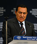 Mubarak internado y detenido