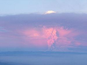 Retorna la normalidad tras volcán