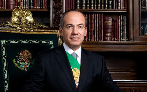 México felicita a embajador Wayne
