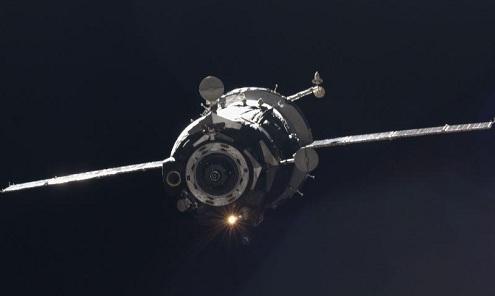 Astronautas regresan a la Tierra a bordo del Soyuz
