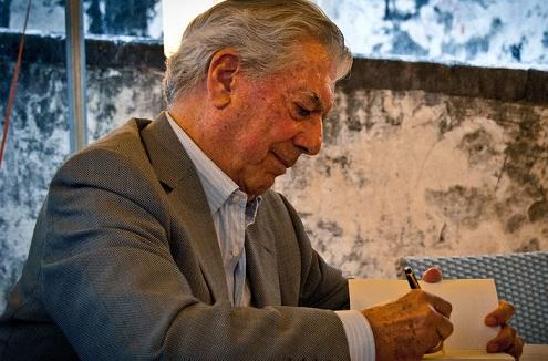 Vargas Llosa recibe el Nobel