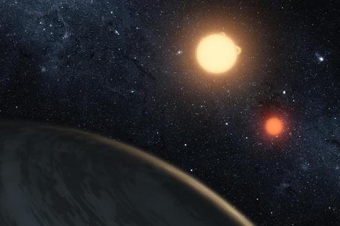 Descubren planeta con dos estrellas